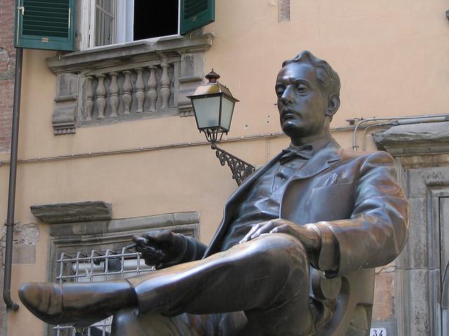 Giacomo Puccini statue in Lucca