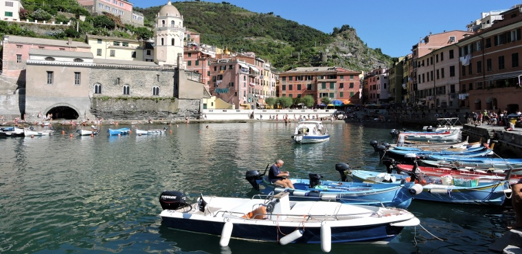 Beautiful view of Vernazza, Cinque Terre